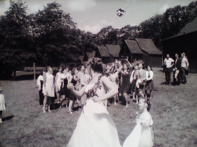 Le mariage de Jérémy et Elodie à Commer, Mayenne 14