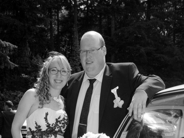 Le mariage de Jérémy et Elodie à Commer, Mayenne 17