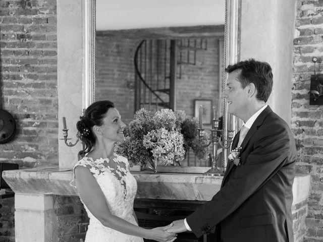 Le mariage de Emmanuel et Laetitia à Saint Léger en Bray, Oise 18