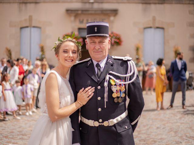 Le mariage de Antoine et Sibylle à Bessines-sur-Gartempe, Haute-Vienne 3