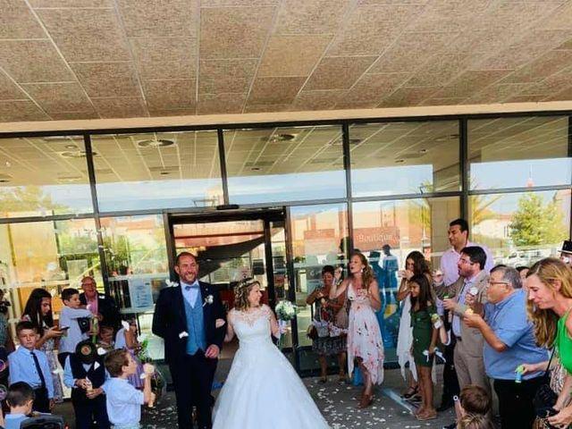 Le mariage de Julien et Jessica  à Challans, Vendée 3