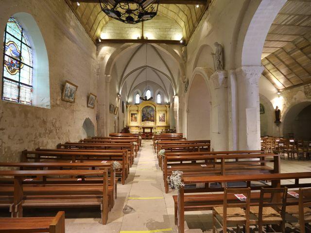 Le mariage de Guillaume et Adeline à Vendeuvre-du-Poitou, Vienne 14
