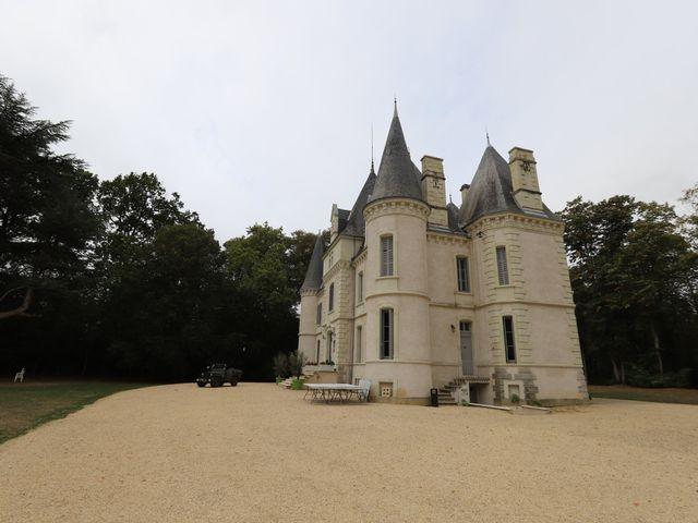 Le mariage de Guillaume et Adeline à Vendeuvre-du-Poitou, Vienne 33