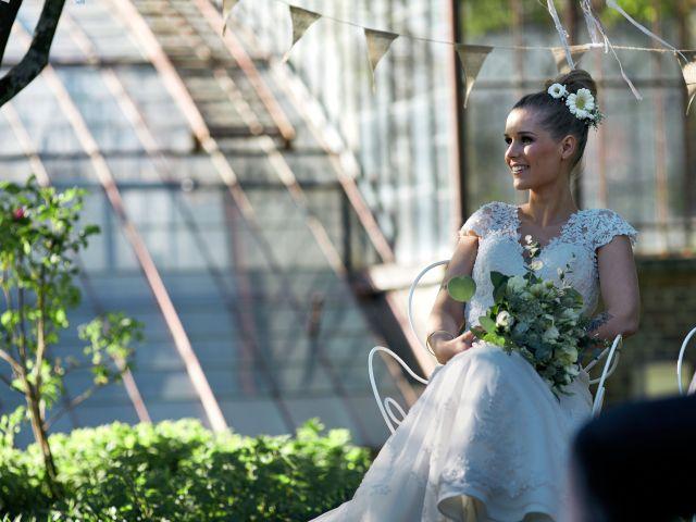 Le mariage de Adrien et Charlotte à Verderonne, Oise 25