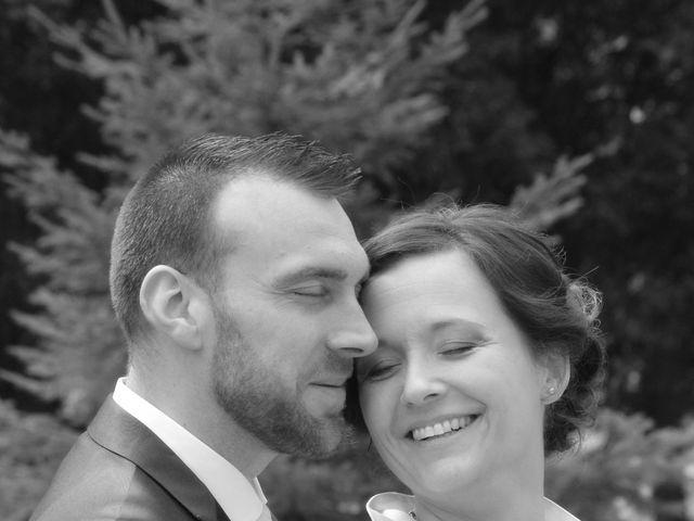 Le mariage de Damien et Fanny à Soligny-les-Étangs, Aube 22