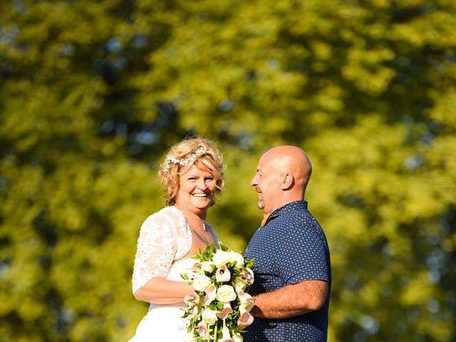 Le mariage de Stéphane  et Isabelle  à Bonny-sur-Loire, Loiret 8