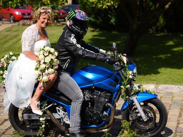 Le mariage de Stéphane  et Isabelle  à Bonny-sur-Loire, Loiret 13