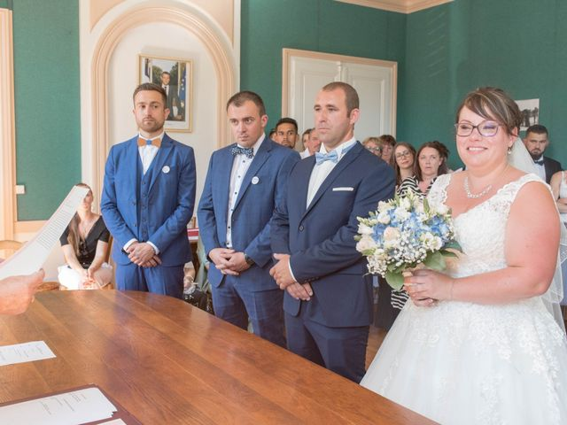 Le mariage de Gaylor et Elodie à Gray, Haute-Saône 27