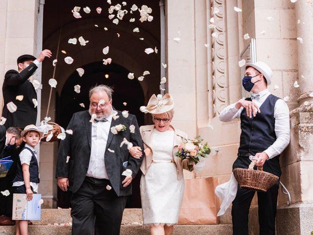 Le mariage de Régis et Edith à Corné, Maine et Loire 23