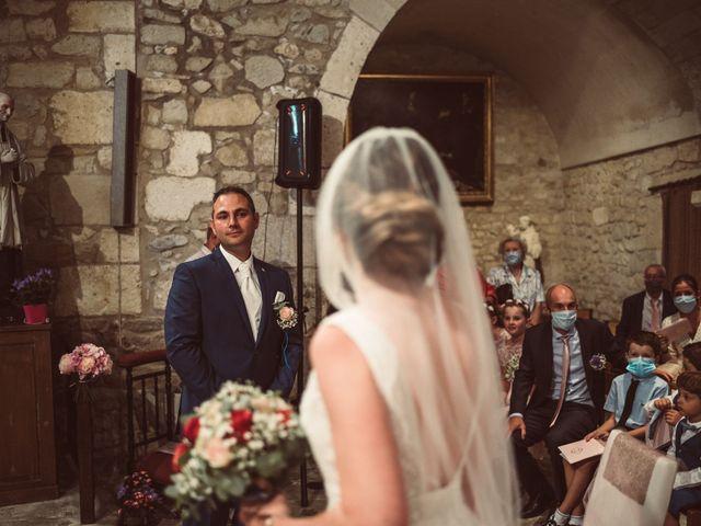 Le mariage de Benoit et Anais à Antonne-et-Trigonant, Dordogne 23