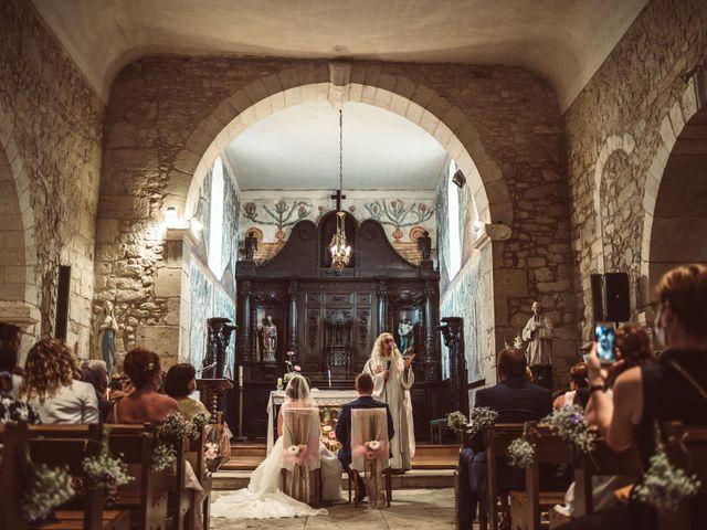 Le mariage de Benoit et Anais à Antonne-et-Trigonant, Dordogne 25