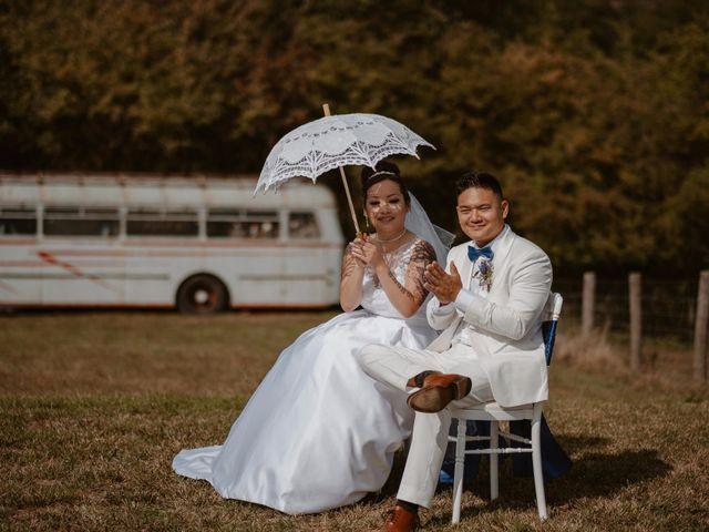Le mariage de Anthony et Hélène à Tiffauges, Vendée 25