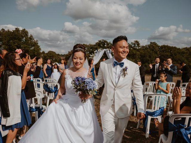Le mariage de Anthony et Hélène à Tiffauges, Vendée 33