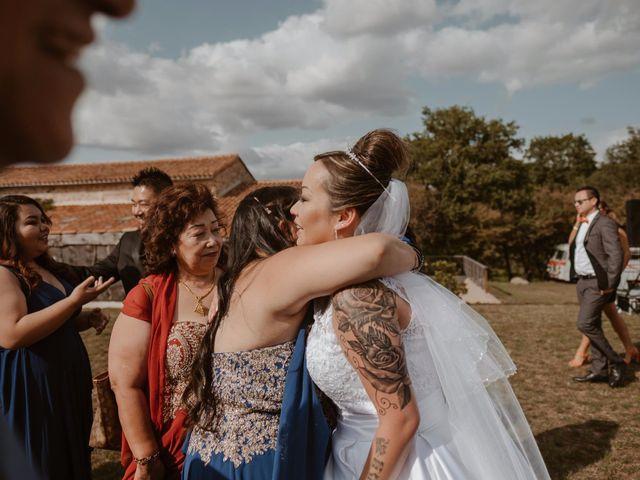 Le mariage de Anthony et Hélène à Tiffauges, Vendée 34