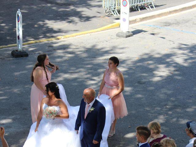 Le mariage de Kévin et Emeline à Pernes-les-Fontaines, Vaucluse 3