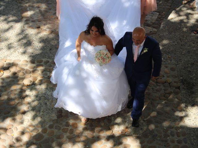 Le mariage de Kévin et Emeline à Pernes-les-Fontaines, Vaucluse 2