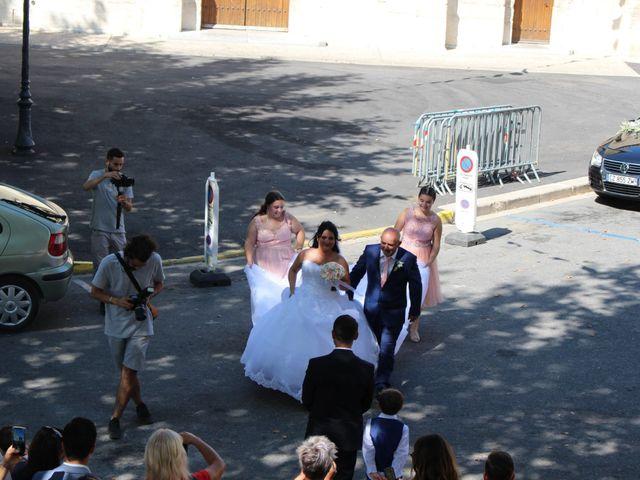Le mariage de Kévin et Emeline à Pernes-les-Fontaines, Vaucluse 4