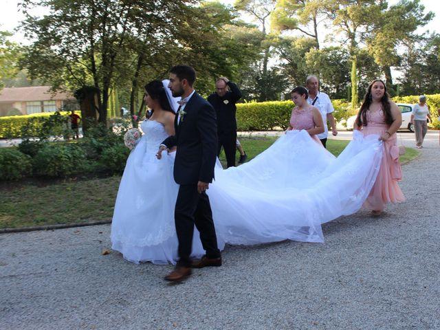 Le mariage de Kévin et Emeline à Pernes-les-Fontaines, Vaucluse 6