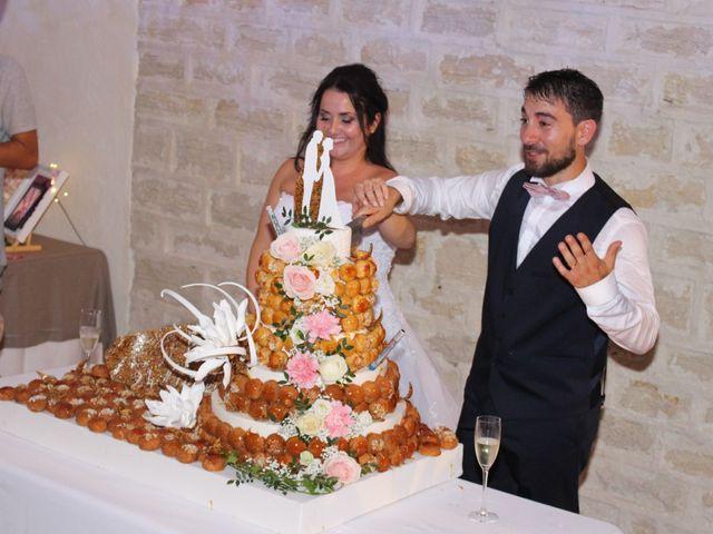 Le mariage de Kévin et Emeline à Pernes-les-Fontaines, Vaucluse 10
