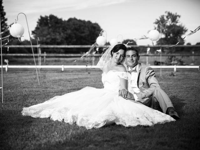 Le mariage de Romain et Barbara à Flée, Sarthe 34