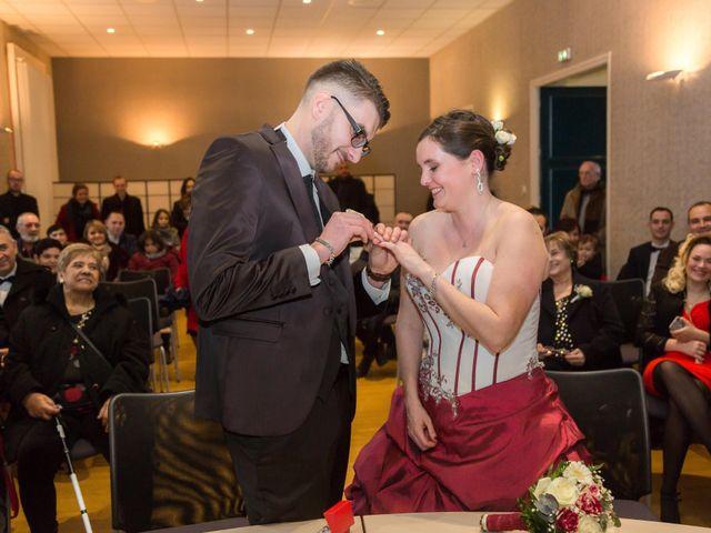 Le mariage de Jean Louis et Céline à Reyrieux, Ain 8