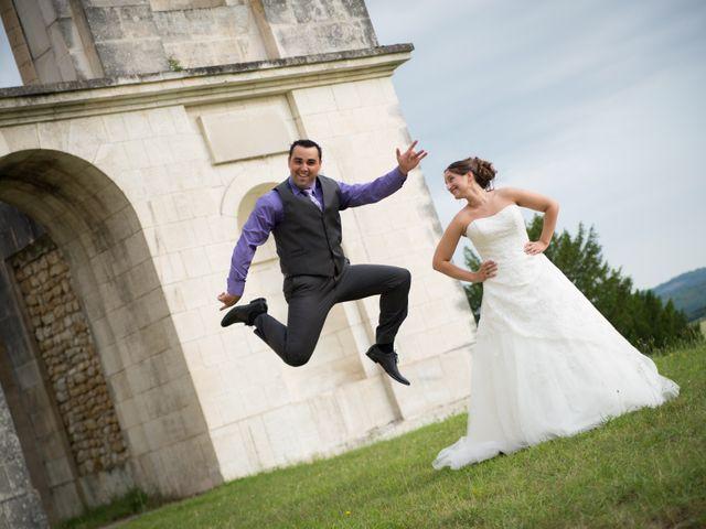 Le mariage de Lauriane et Matthieu à Saint-Séverin, Charente 9