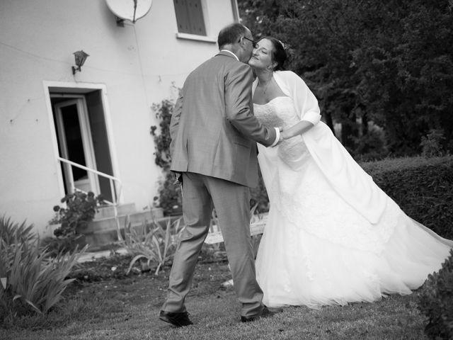 Le mariage de Lauriane et Matthieu à Saint-Séverin, Charente 12