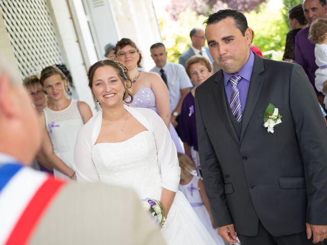 Le mariage de Lauriane et Matthieu à Saint-Séverin, Charente 13