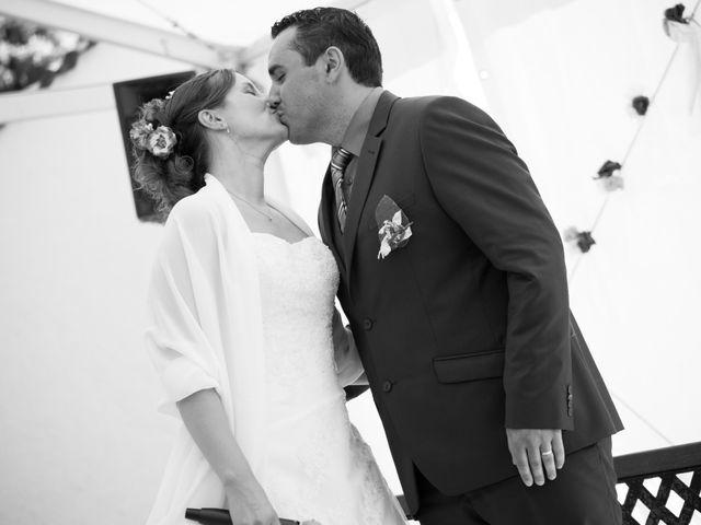 Le mariage de Lauriane et Matthieu à Saint-Séverin, Charente 35