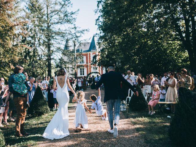 Le mariage de Alexandre et Julie à Moncé-en-Belin, Sarthe 1