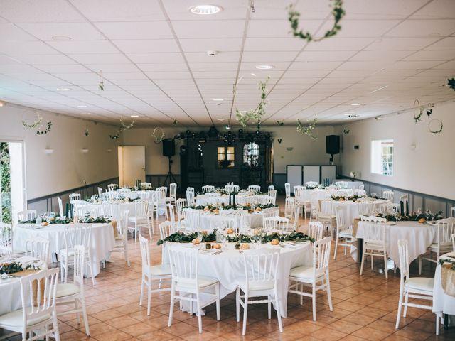 Le mariage de Alexandre et Julie à Moncé-en-Belin, Sarthe 26