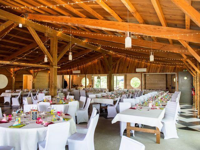 Le mariage de Damien et Laure à Mirambeau, Charente Maritime 12