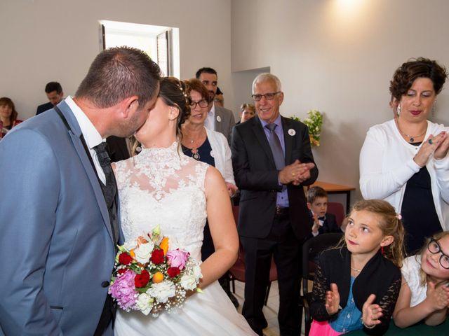 Le mariage de Damien et Laure à Mirambeau, Charente Maritime 22