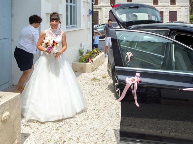 Le mariage de Damien et Laure à Mirambeau, Charente Maritime 26