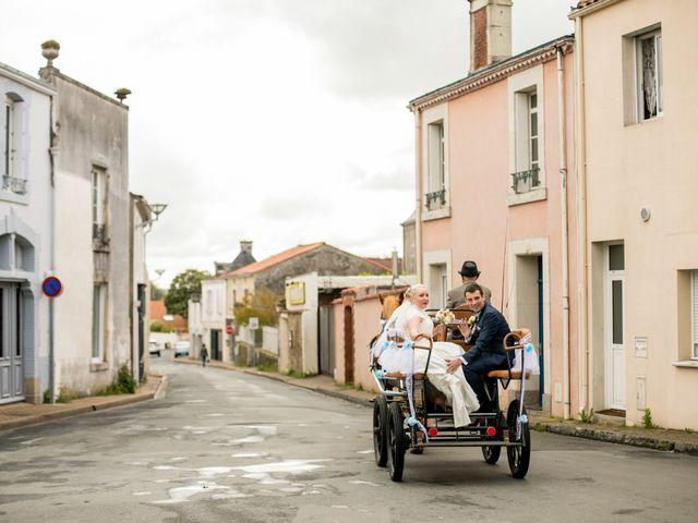Le mariage de Vincent et Olesia à Chantonnay, Vendée 5