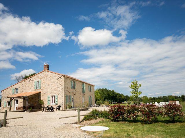 Le mariage de Vincent et Olesia à Chantonnay, Vendée 24