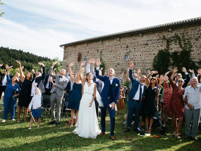 Le mariage de Romain et Nina à Firminy, Loire 32