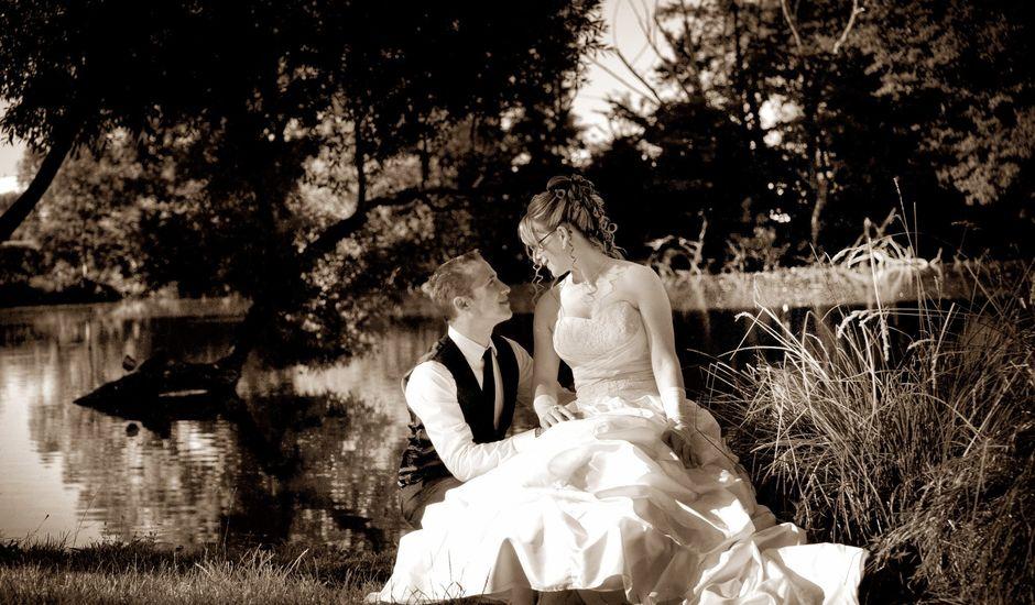 Le mariage de Aurélien et Anaïs à Saint-Valérien, Yonne