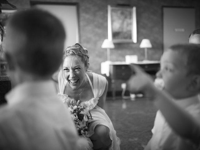 Le mariage de Xavier et Julie à Angoulême, Charente 32