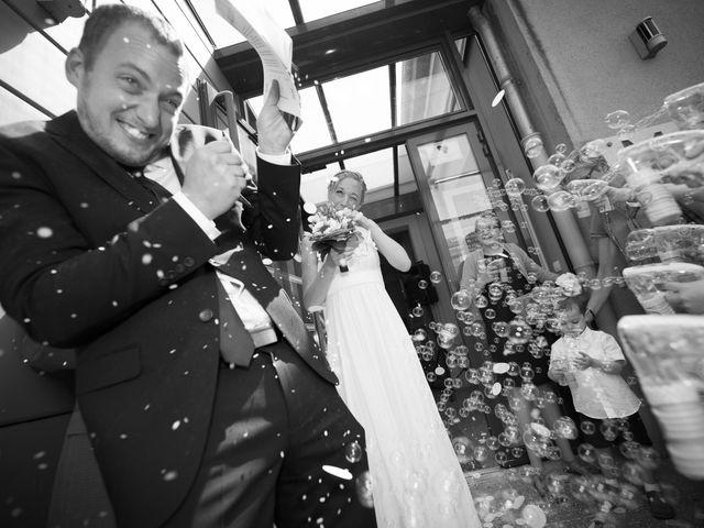 Le mariage de Xavier et Julie à Angoulême, Charente 53