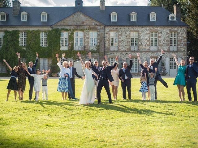 Le mariage de Pierre et Clara à Saint-Ouen-la-Rouërie, Ille et Vilaine 38