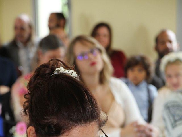 Le mariage de Benoit et Noémie à Haux, Gironde 13