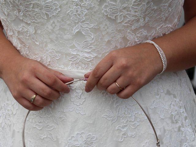 Le mariage de Benoit et Noémie à Haux, Gironde 19