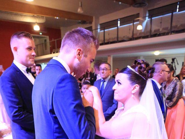 Le mariage de Romain et Camille à Hem, Nord 4