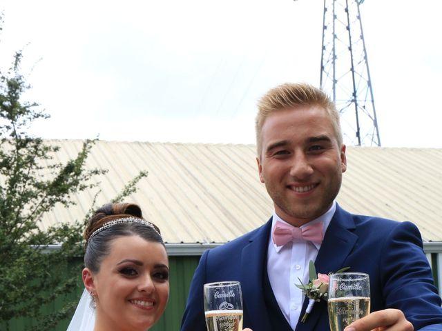 Le mariage de Romain et Camille à Hem, Nord 6