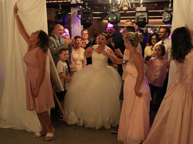 Le mariage de Romain et Camille à Hem, Nord 9