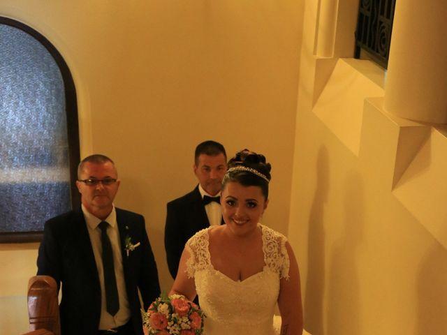 Le mariage de Romain et Camille à Hem, Nord 34