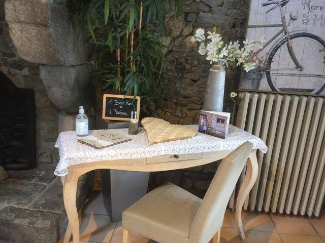 Le mariage de Oliviet et Emeline   à Saint-Malo, Ille et Vilaine 8