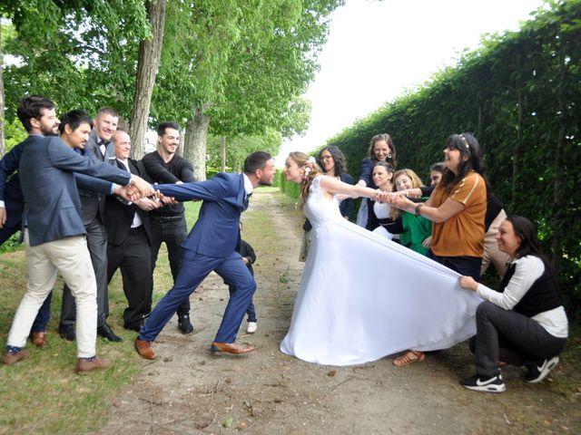 Le mariage de David  et Margot  à Aubigny-sur-Nère, Cher 14
