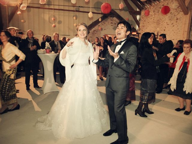 Le mariage de Khomdeth et Fleur à La Chapelle-Moutils, Seine-et-Marne 56